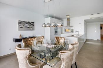 Luxury 3 Bedroom Design Villa with Heated Pool & Garden